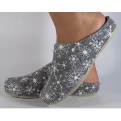 Papuci de casa mUBB din...